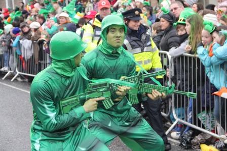 Toy soldiers - best irish street performers