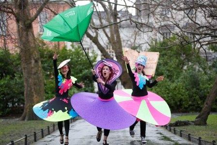 Street entertainers Ireland