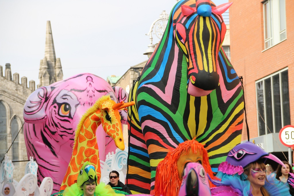 St Patricks parade Ireland, Colourful parade, street theatre