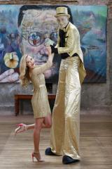 Stilt walkers Ireland, entertainers