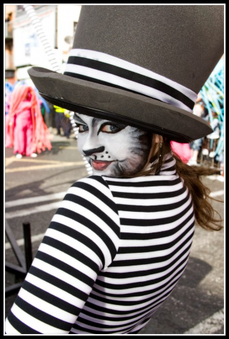 Street entertainer